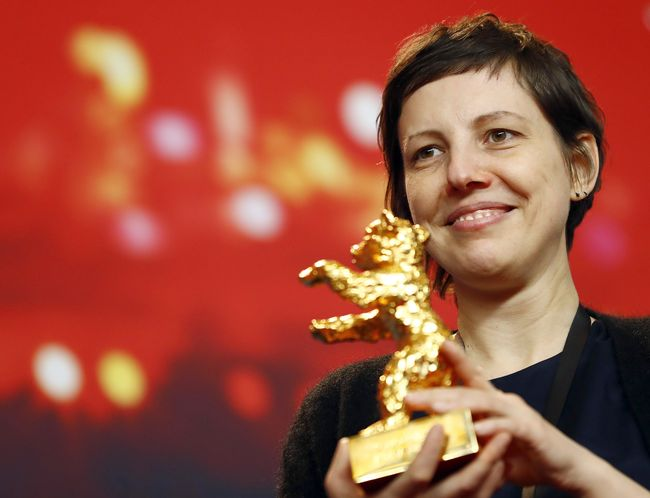 THE GOLDEN BEAR WAS AWARDED TO THE FILM TOUCH ME NOT BY THE ROMANIAN  DIRECTOR ADINA PINTILIE (CO-PRODUCTION OF ROMANIA, GERMANY, THE CZECH  REPUBLIC, ...