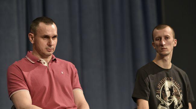 В прокуратуре Крыма намерены допросить освобожденных Сенцова и Кольченко