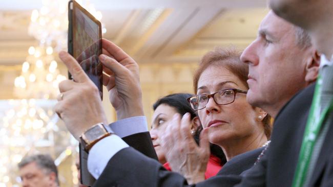 Яценюк дал ценный совет НАТО— Небойтесь Российской Федерации
