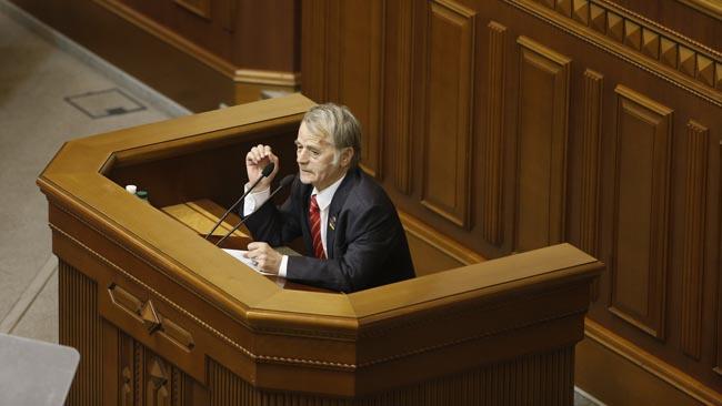 Порошенко ждет проект изменений кКонституции— Автономия крымских татар