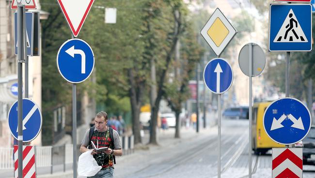 ВУкраине срок действия водительских прав сократят вдвое