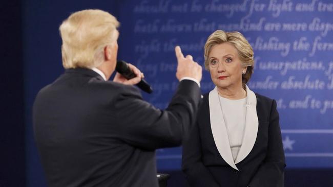 Хиллари Клинтон обвинила Российскую Федерацию впопытках воздействовать навыборы вСША