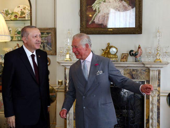 МИД Турции: генконсулу Израиля посоветовали навремя покинуть страну