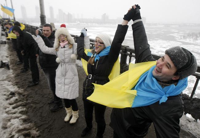 День Соборности Украины вКременчуге подчеркнули сегодня у монумента Шевченко