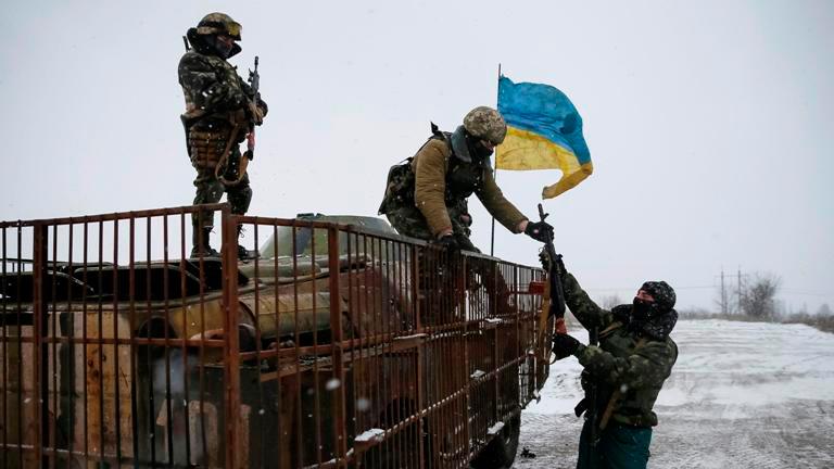 Засутки взоне АТО ранен один украинский военный