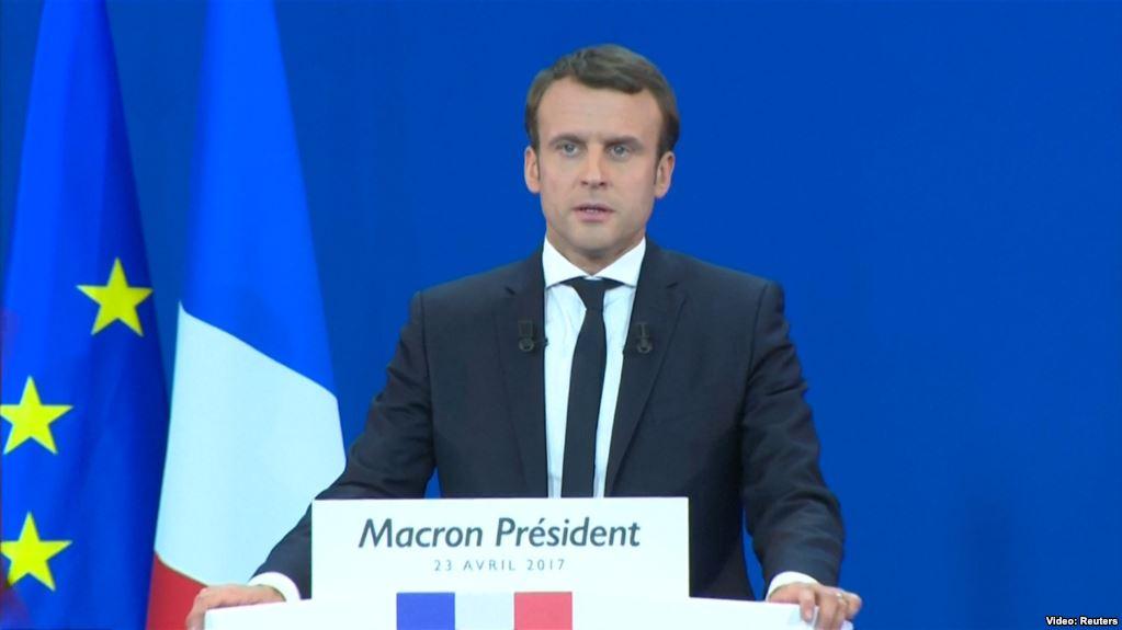 Макрон пригрозил EC  выходом Франции