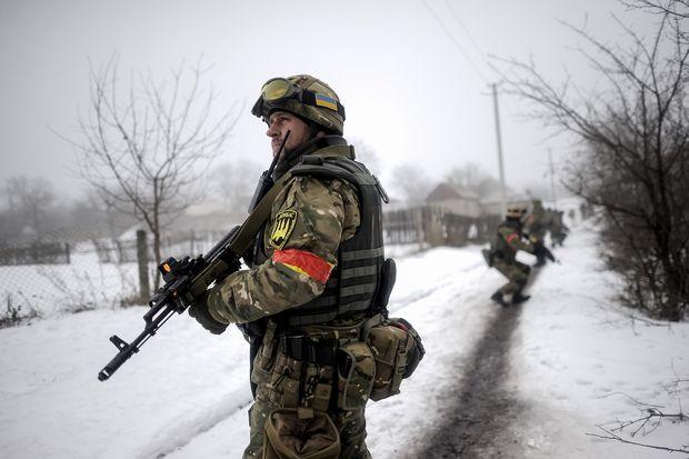 Штаб: Боевики обстреляли позиции сил АТО вблизи Троицкого изгранатометов иминометов