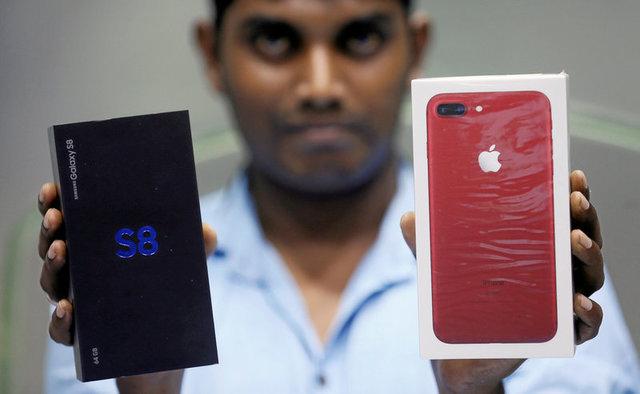 Самсунг впервый раз заработала заквартал больше, чем Apple
