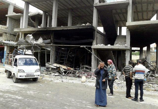 Атака налагерь беженцев вСирии: появились фото ивидео