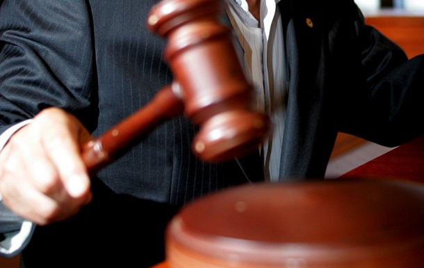 Суд дал разрешение назадержание Януковича иэкс-министра Захарченко