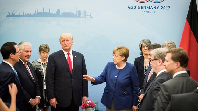 ВГамбурге впреддверии саммита G20 наулицы вышли «ходячие мертвецы»