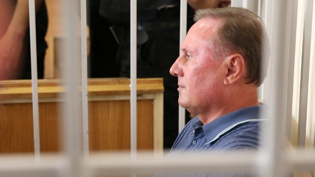 Апелляционный суд оставил Ефремова под арестом