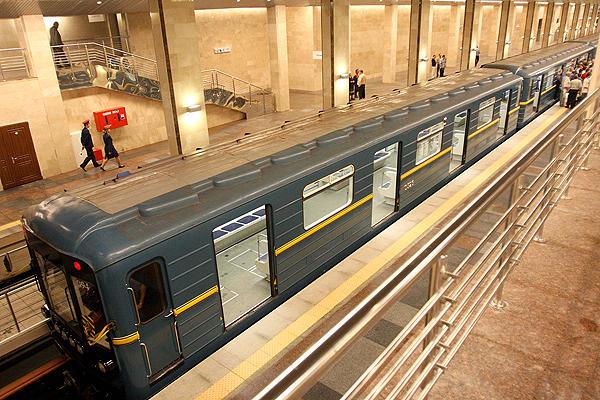 """Арт-поезд """"Энеида"""" начал курсировать в столичном метро - Цензор.НЕТ 5176"""
