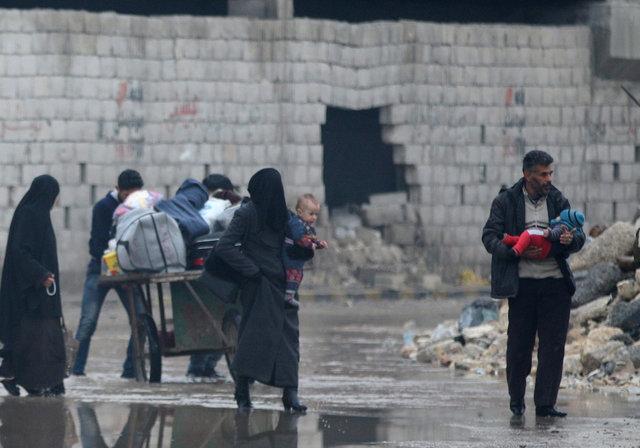 Изосвобожденного Старого города вАлеппо эвакуировали около 150 человек