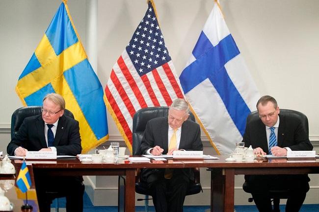 Швеция, США иФинляндия углубляют трехстороннее военное сотрудничество