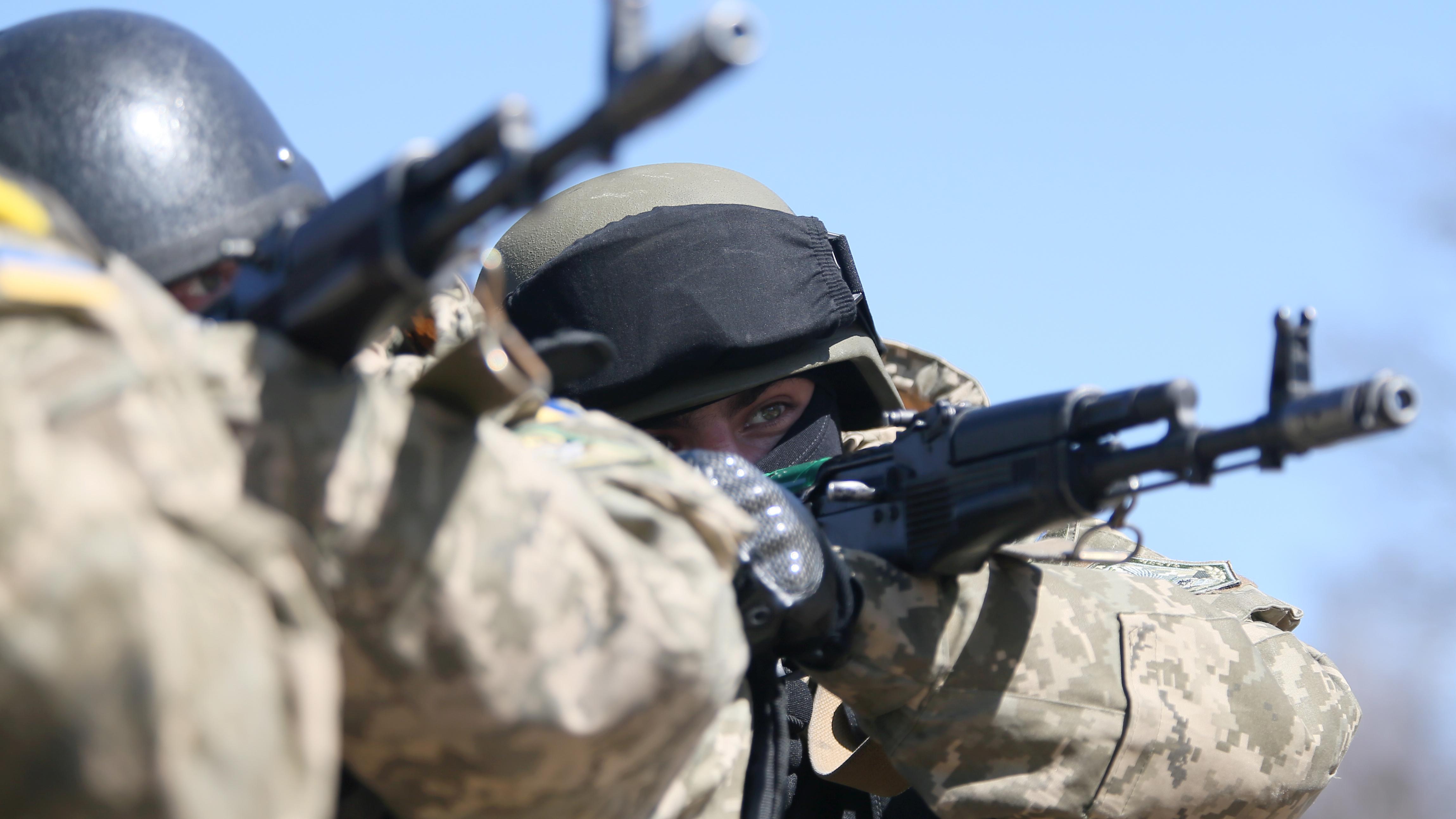 Боевики продолжают обстреливать позиции ВСУ навсех направлениях— День вАТО