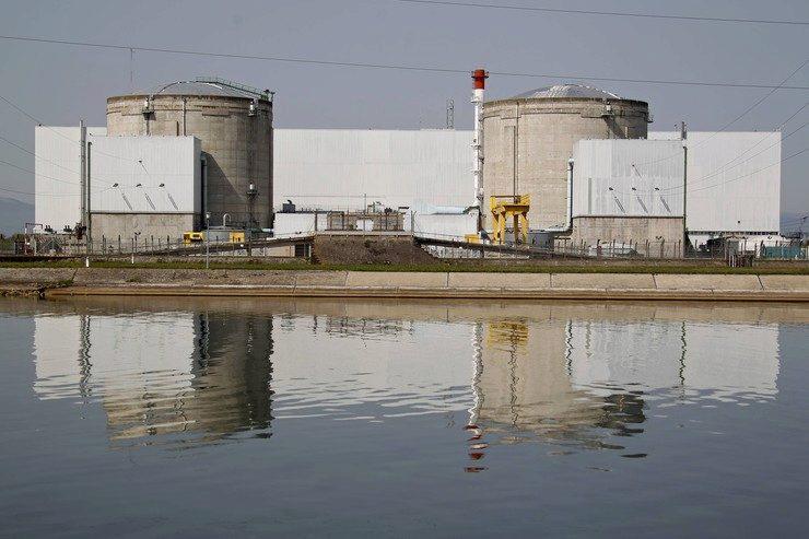 Старейшую АЭС Франции планируют закрыть до 2020г