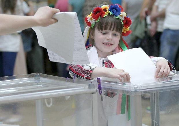 Украине нужно принять новый Избирательный кодекс и обновить состав ЦИК, - Мингарелли