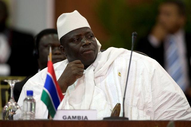 Президент Гамбии отменил проигранные выборы и«позвал» Творца