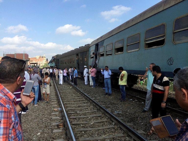 Зіткнення потягів у Єгипті: українців серед постраждалих немає