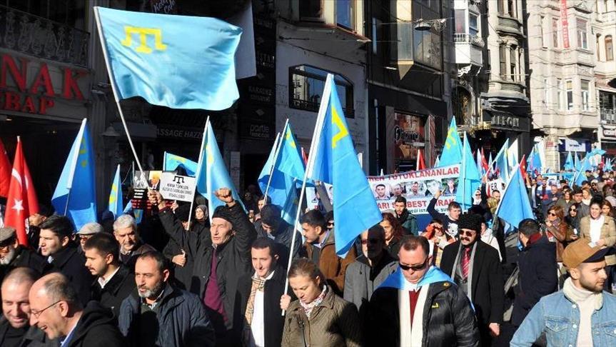 ВСтамбуле прошла акция против действийРФ вКрыму