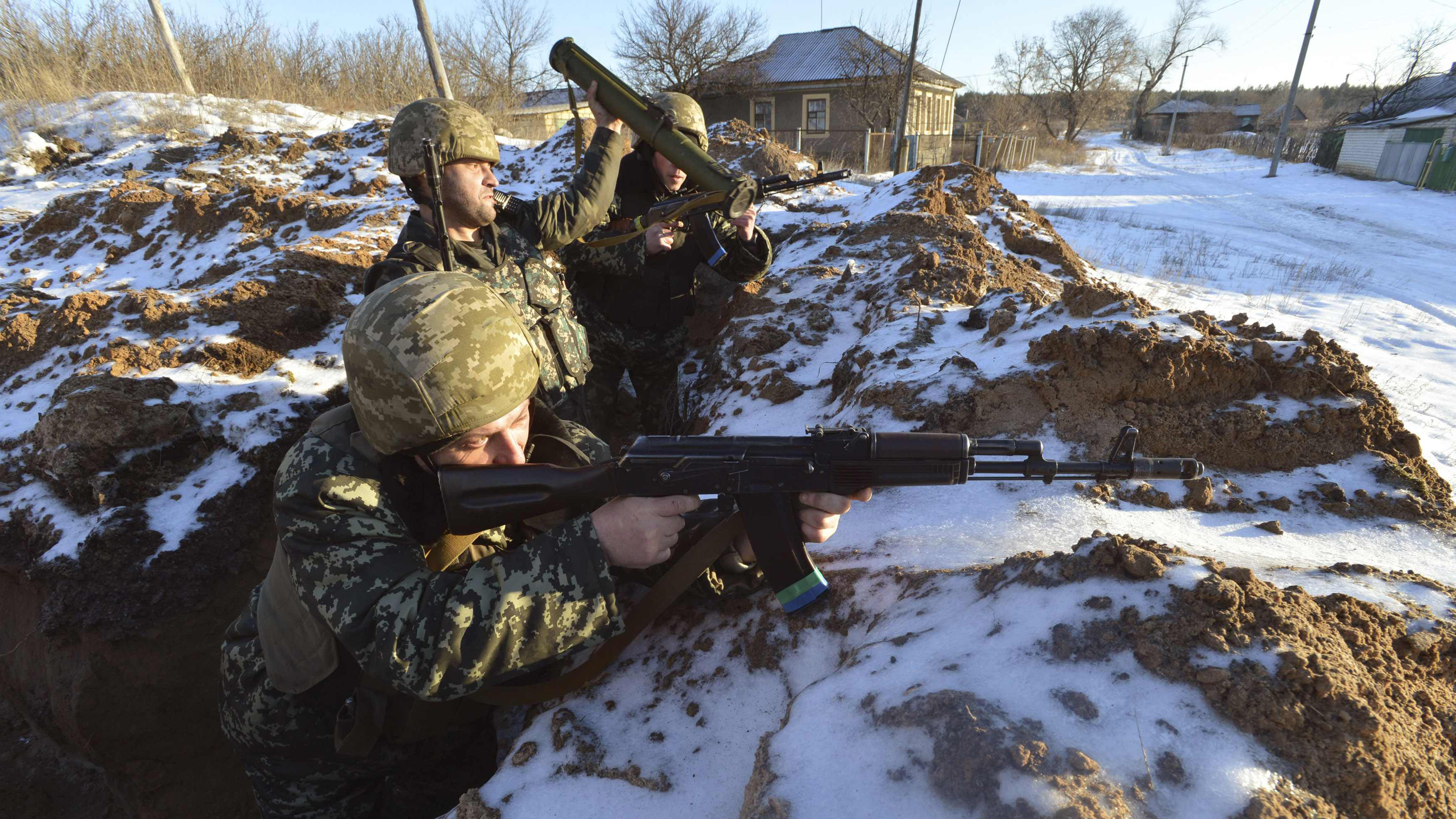 Перестрілка біля Широкиного таворожі танки біля Троїцького— Ніч вАТО