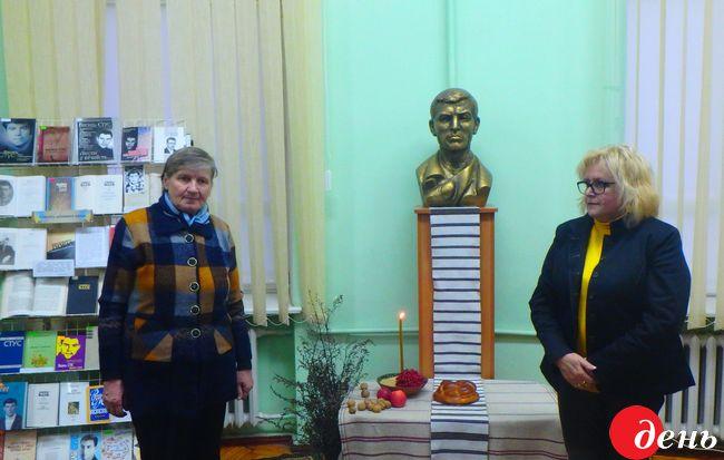В Виннице Стусовские чтения начались с презентации трех изданий о Василии Стуcе