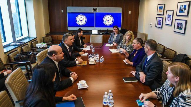 США заинтересованы в обеспечении прозрачных и демократических выборов в Украине