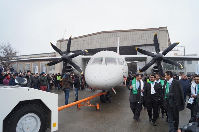 Новий український літак Ан-132D дебютує на міжнародному авіасалоні уФранції