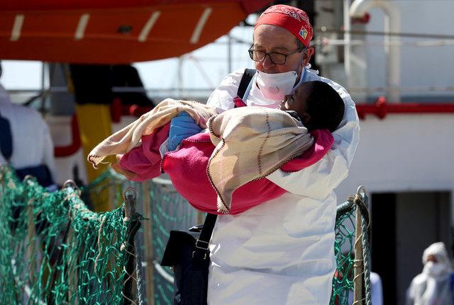 «Врачи без границ» решили остановить  миссию поспасению мигрантов