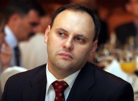 Підозрюваному урозкраданні держкоштів Владиславу Каськіву дозволили виїхати закордон