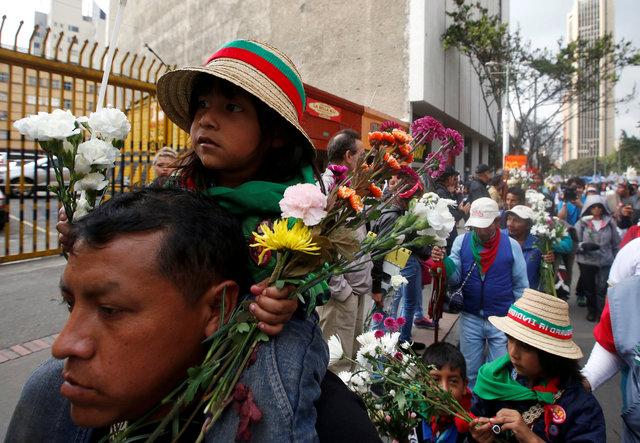 Президент Колумбии принял решение продлить перемирие сповстанцами «попросьбе молодежи»