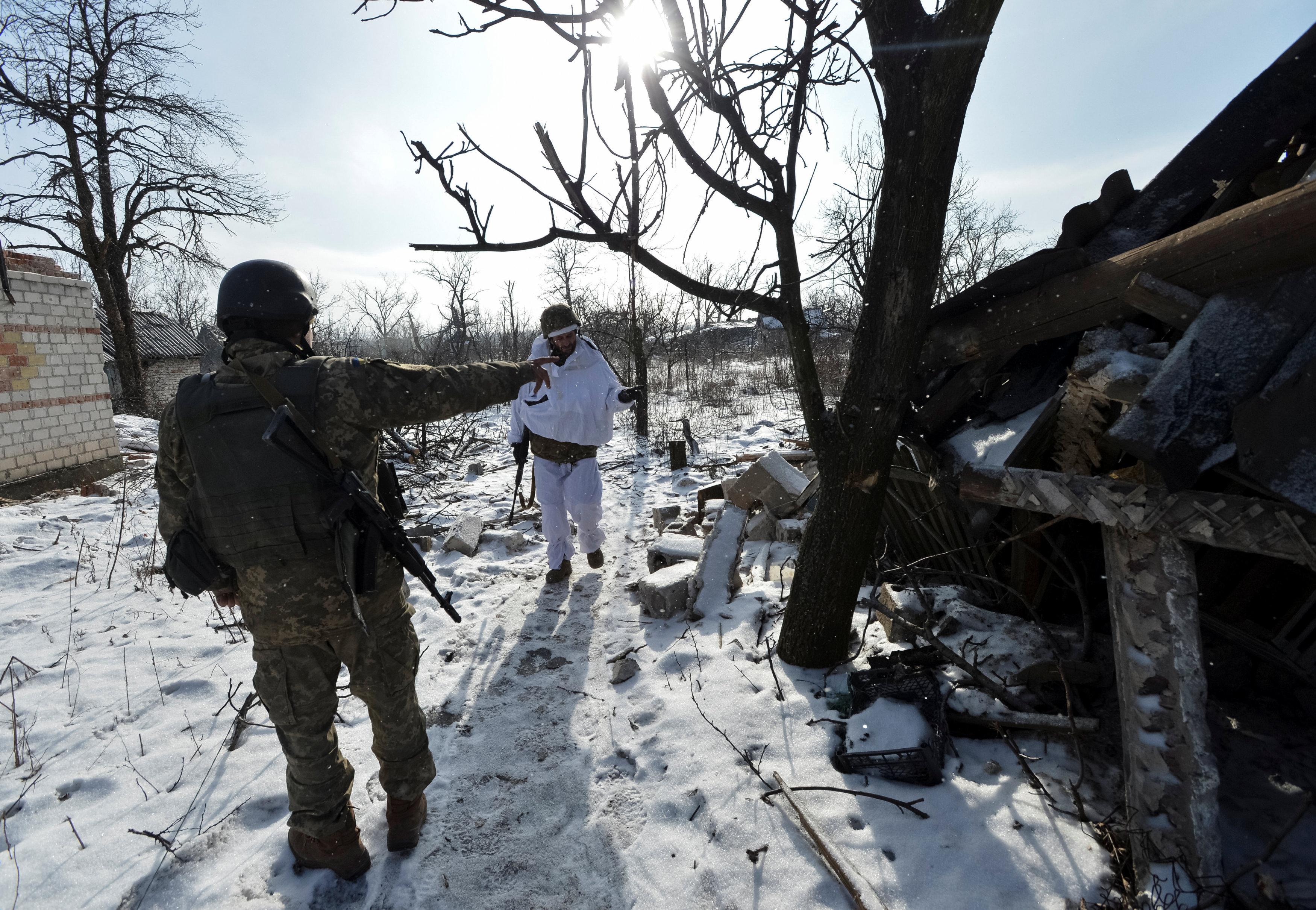 Доба взоні АТО: бойовики 30 разів відкривали вогонь, загинув один військовий