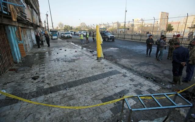 УБагдаді терорист підірвав себе біля відділку поліції, є жертви