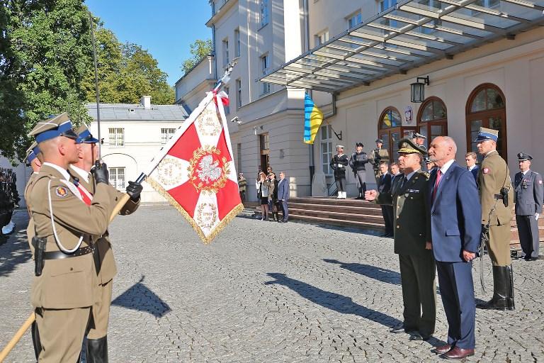 Бойцы ВСУ примут участие ввоенном параде вВаршаве