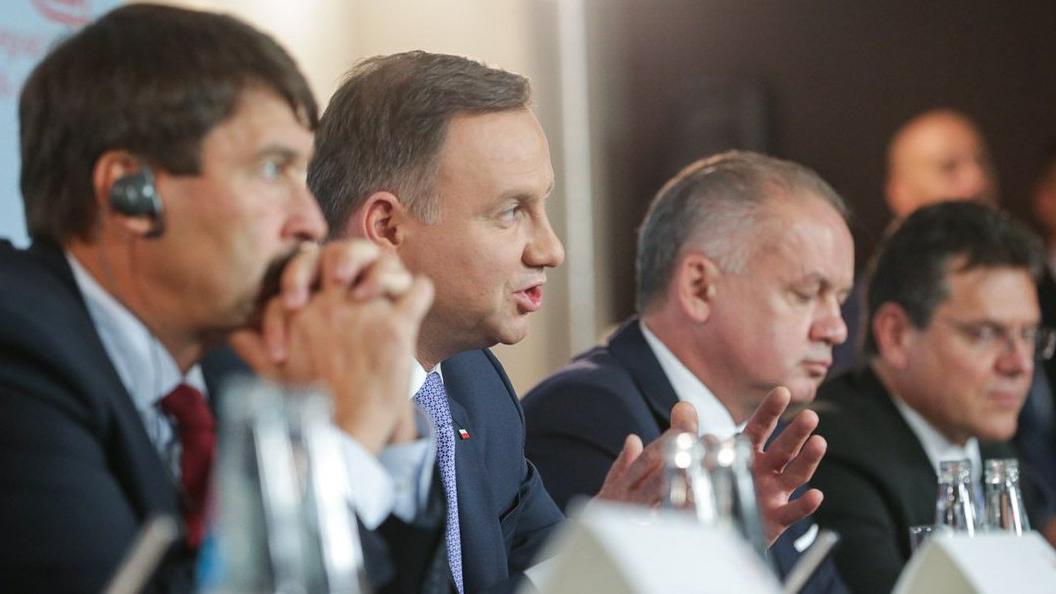 Лидеры «Вышеградской группы» выступили против строительства Северного потока-2