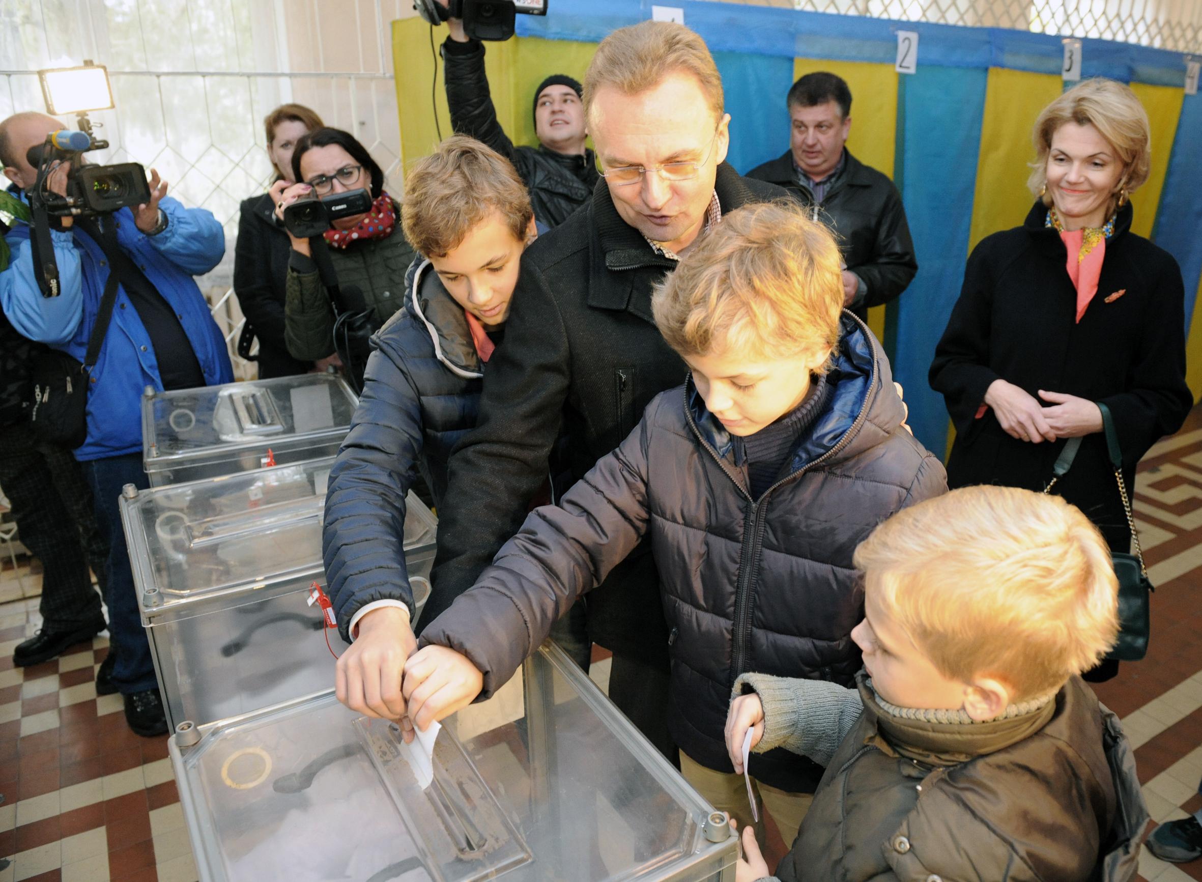 УЛьвові проголосували кандидати на міського голову