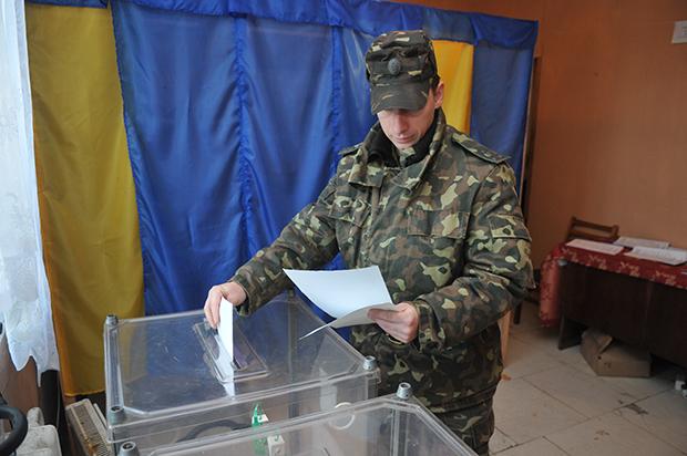 УЛьвові дополудня проголосували близько 10% виборців