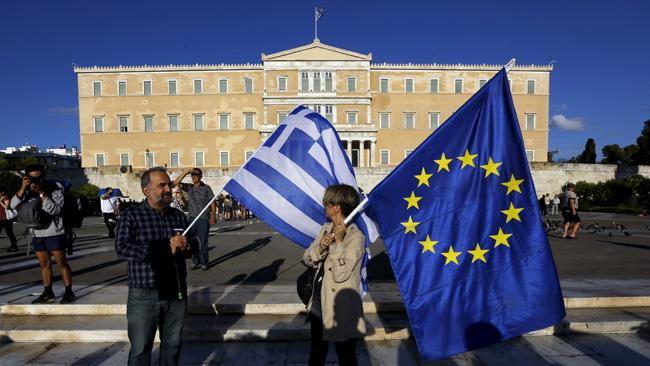 Греция вновь напороге кризиса: ЕСотказал вфинансовой помощи