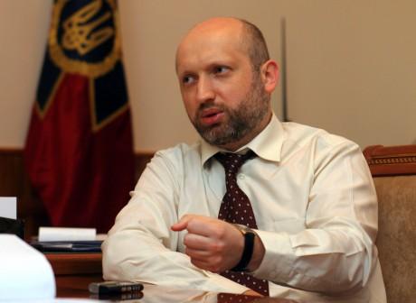 Турчинов: Российская Федерация влюбой момент может начать боевые действия  ...