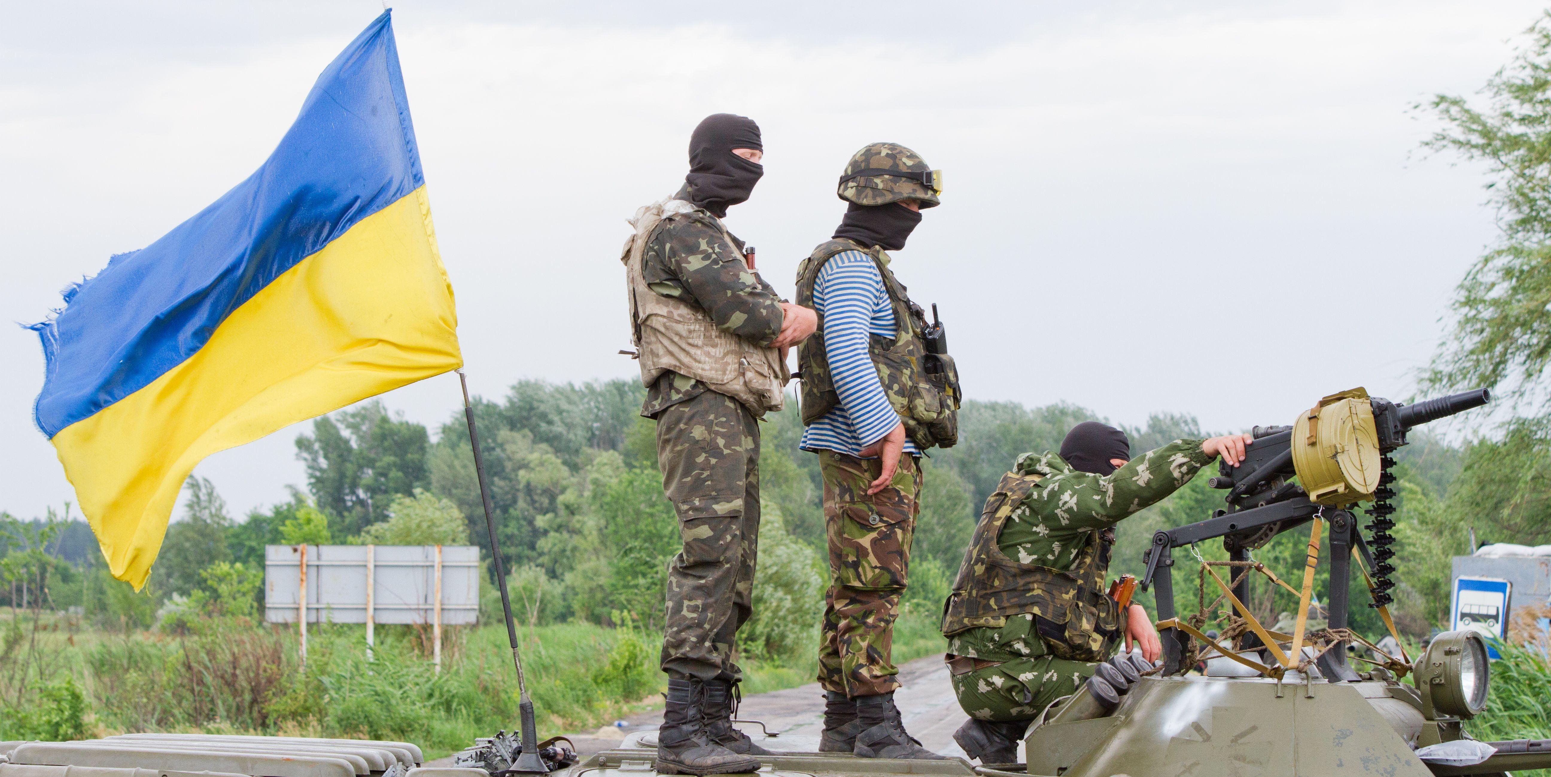 В итоге  обстрела Авдеевки ранены два местных жителя