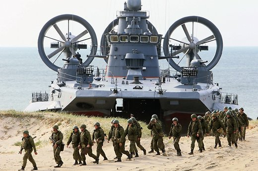 Министр обороны Литвы выразил сомнения из-за учений «Запад-2017»
