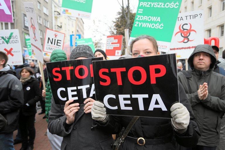 Протесты против торгового соглашения междуЕС иСША прошли вИспании