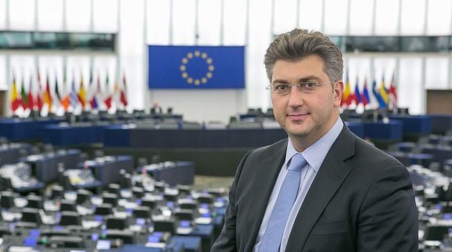 Министр обороны Хорватии поддержал рвение Украины вступить вНАТО