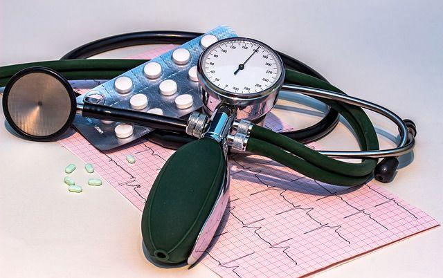 Программы обгоняют мед. персонала вточности предсказания сердечных приступов