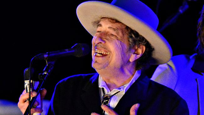 Боб Дилан заберет Нобелевскую премию весной наконцерте вСтокгольме