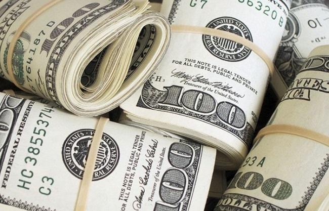 Порошенко вніс доРади законопроект «Про валюту»