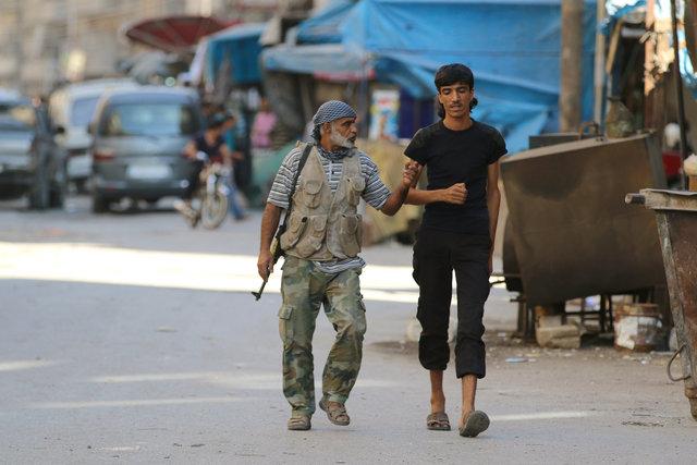 Бунтовщиков вАлеппо бомбят, невзирая наперемирие— Активисты