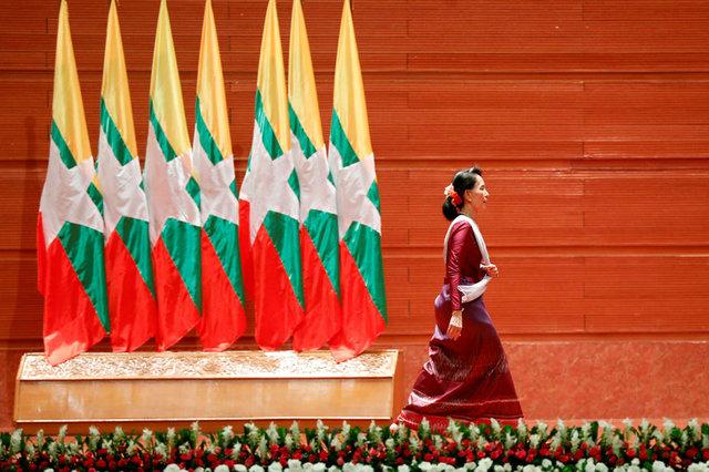 Лидер Мьянмы осудила насилие «всех сторон конфликта» вштате Ракхайн