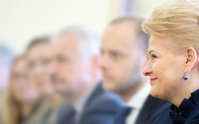 https://day.kyiv.ua/sites/default/files/news/20062018/bigstock-president-of-lithuania-dalia-g-110274800.jpg